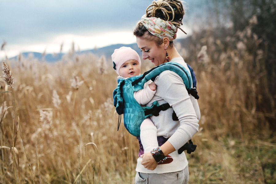 Little Frog Baby Carrier Perfect Illusion
