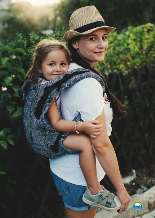 Little Frog XL Toddler Carrier Squirrels