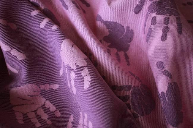 Yaro Hands Rose Purple Bamboo