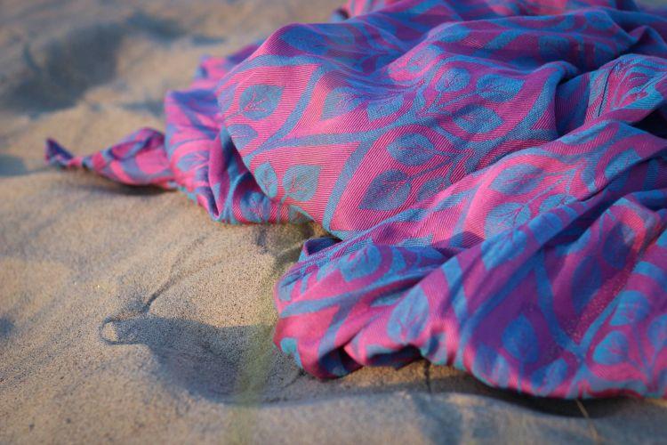 Ringsling Yaro La Vita Fuchsia Blue Glossy Soft Hemp