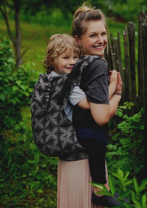 Little Frog XL Toddler Carrier Black Glimmer