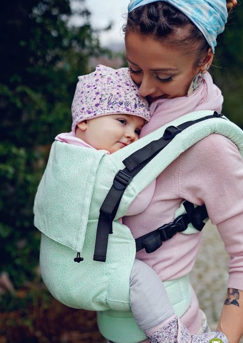 Little Frog Toddler Carrier Pistachio Ammonites