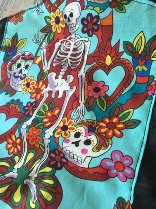 Rose and Rebellion Schoolkinddrager Skeleton