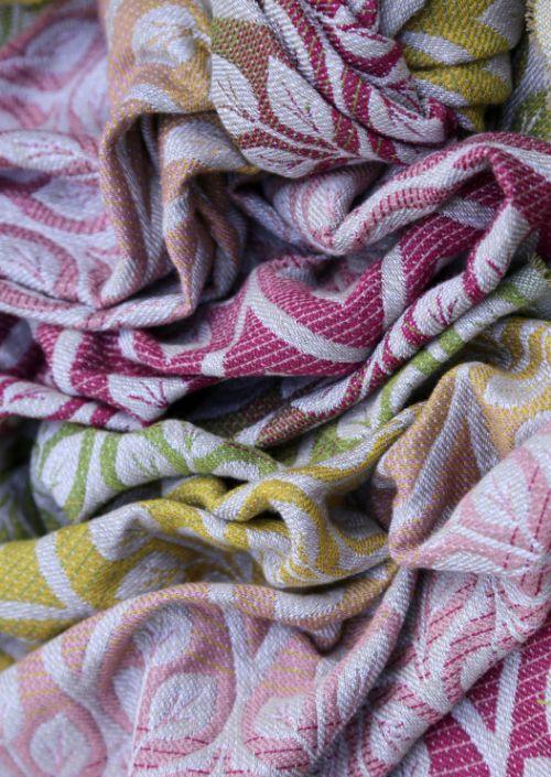 Ringsling Yaro La Vita Trinity Peony Rainbow Wool
