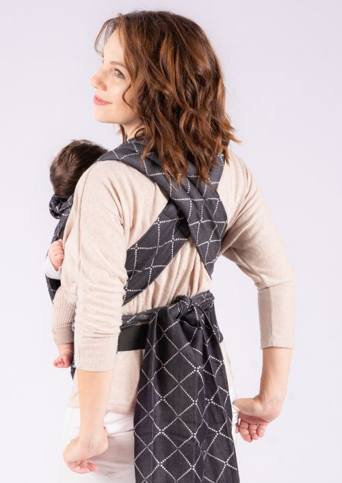 Isara Quick Half Buckle Carrier Diamonda Black